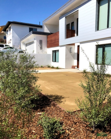 new home front yard | decomposed granite | low maintenance